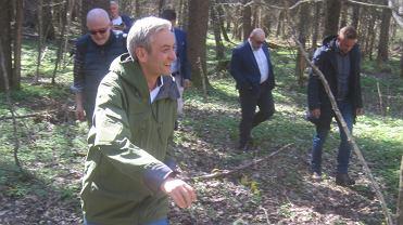Postulaty Wiosny dotyczące ochrony środowiska Robert Biedroń zaprezentował w Teremiskach - samym sercu Puszczy Białowieskiej i w Białymstoku