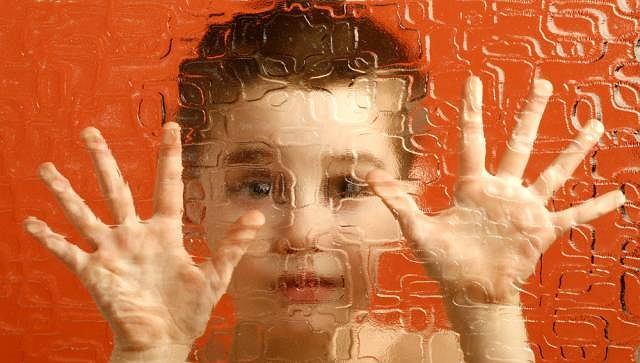 Jak wygląda świat oczami osoby z autyzmem?