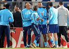 Liga Europy. Patrice Evra z czerwoną kartką jeszcze przed meczem. Kopnął kibica w twarz