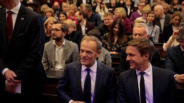 Donald Tusk i Leszek Jażdżewski przed wykładem na Uniwersytecie Warszawskim