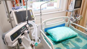 Pandemia koronawirusa. Tymczasowy szpital covidowy w nowym skrzydle Samodzielnego Publicznego Zakładu Opieki Zdrowotnej Ministerstwa Spraw Wewnętrznych. Rzeszów, 23 listopada 2020
