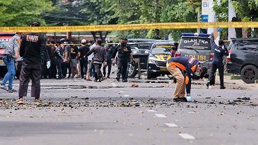 Zamach przed kościołem w Makasar (Indonezja)