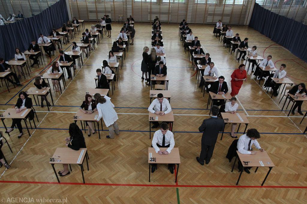 Lektury obowiązkowe egzamin ósmoklasisty