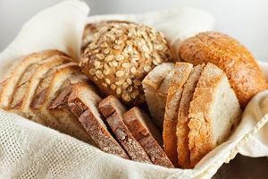 Pieczywo dla dzieci - biała bułka czy chleb razowy? Jakie pieczywo jest najlepsze dla dziecka?