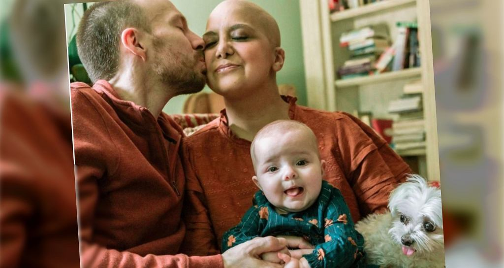 Zdiagnozowano jej raka, gdy spodziewała się dziecka. Pomyliła objawy z ciążowymi