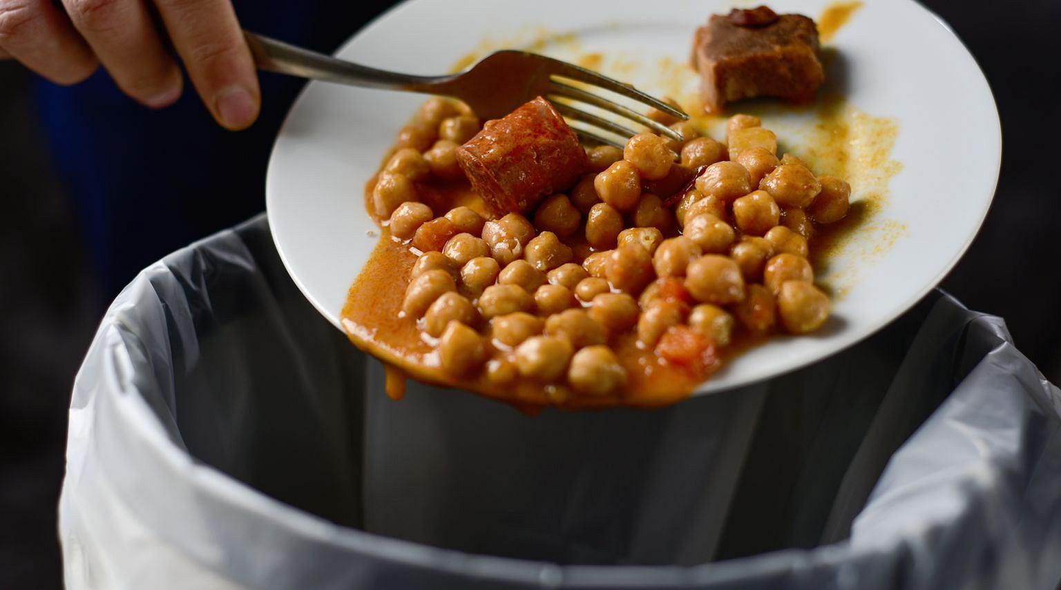 Polska jest na niechlubnym piątym miejscu w UE pod względem ilości marnowanego jedzenia