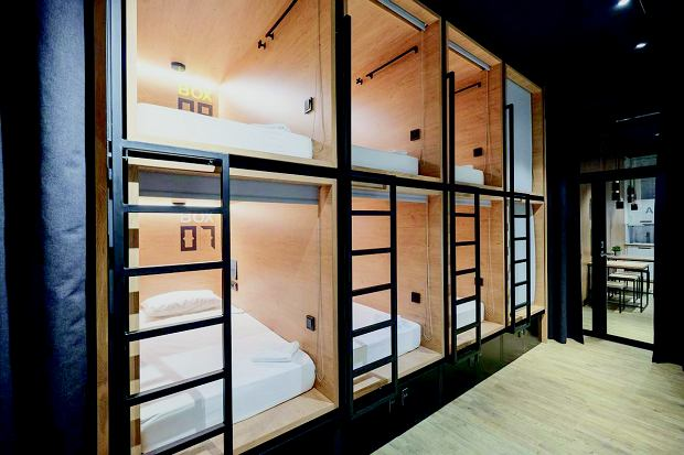 Inbox Capsule Hotel w Petersburgu