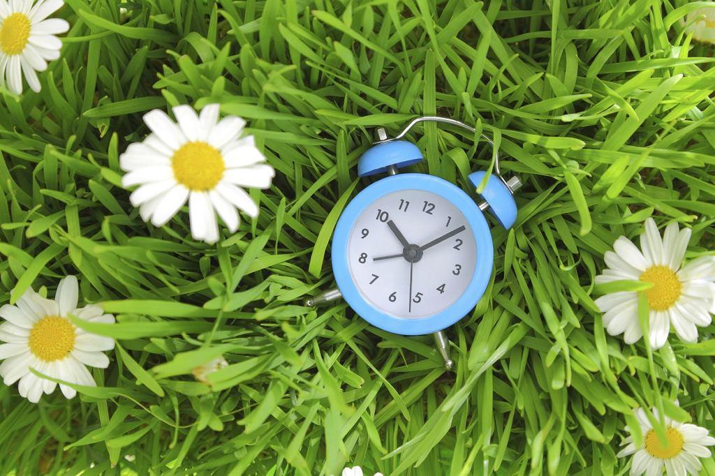 Zmiana czasu 2018 - zegarki na czas letni przestawimy w ostatni weekend marca