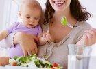 Dieta karmiącej mamy. Czy trzeba jeść więcej? Czy warto eliminować alergeny na wszelki wypadek?