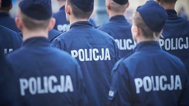 Funkcjonariusze podczas uroczystości z okazji święta policji w Łodzi