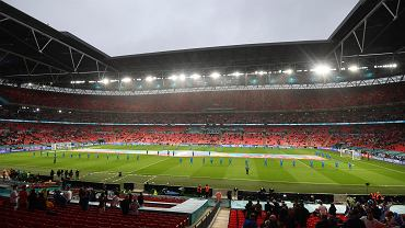 VIP-y od UEFA ponad prawem, gdy liczy się polityka. Brytyjski rząd też chce coś ugrać