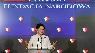 Konferencja prasowa, w trakcie której premier Beata Szydlo ogłosiła powstanie Polskiej Fundacji Narodowej, Warszawa 13.07.2016 r.