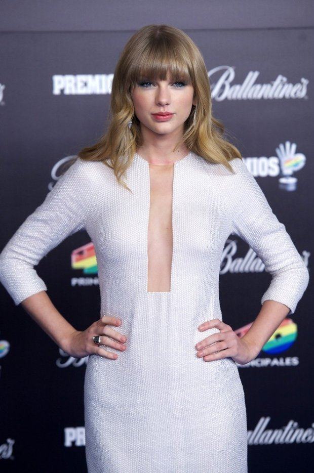 (2097131f)  Taylor Swift  40 Principales Awards, Madrid, Spain - 24 Jan 2013