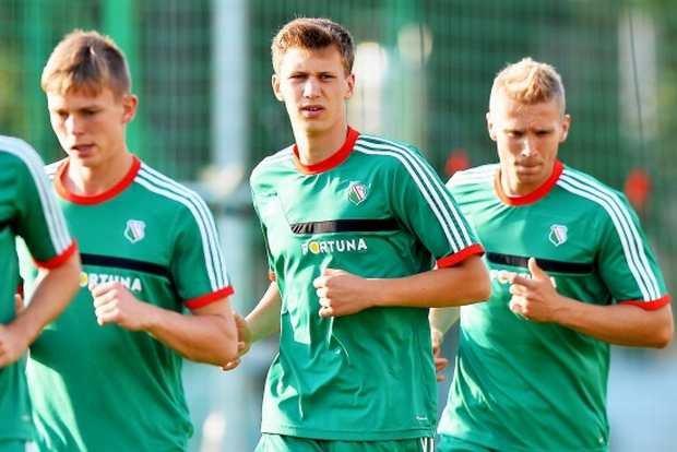 Od lewej Mateusz Hołownia, Krystian Bielik i Igor Lewczuk