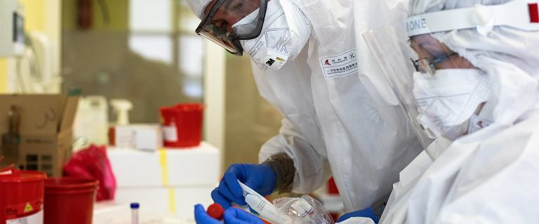 Koronawirus. Ministerstwo Zdrowia: Mamy 13 239 nowych przypadków zakażeń