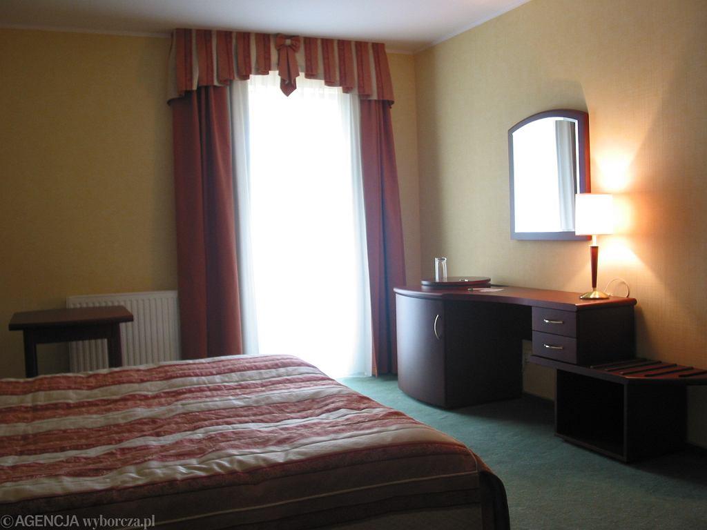 Pokój hotelowy. Zdjęcie ilustracyjne