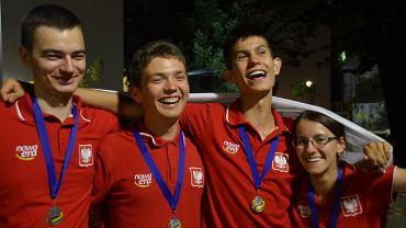 Medaliści z geografii. Od lewej Adrian Krzemiński, Daniel Dylewski, Jakub Pypkowski i Anna Kurop