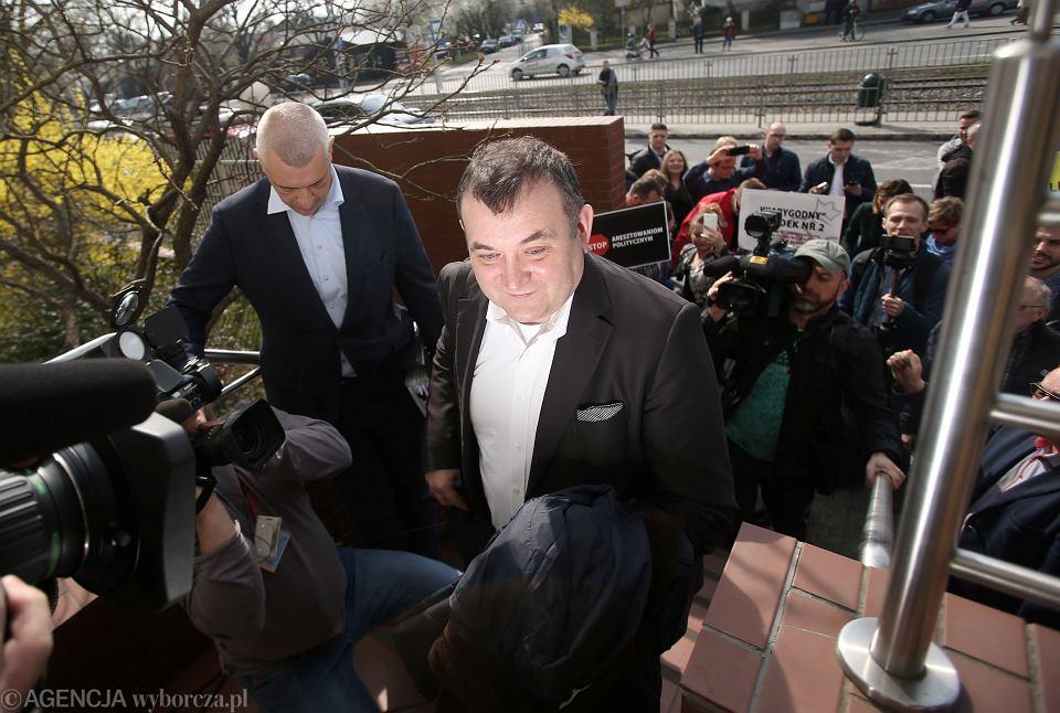 13 kwietnia 2018 r. Stanisław Gawłowski (wówczas poseł PO, obecnie senator niezależny) stawił się w szczecińskiej prokuraturze, by złożyć zeznania
