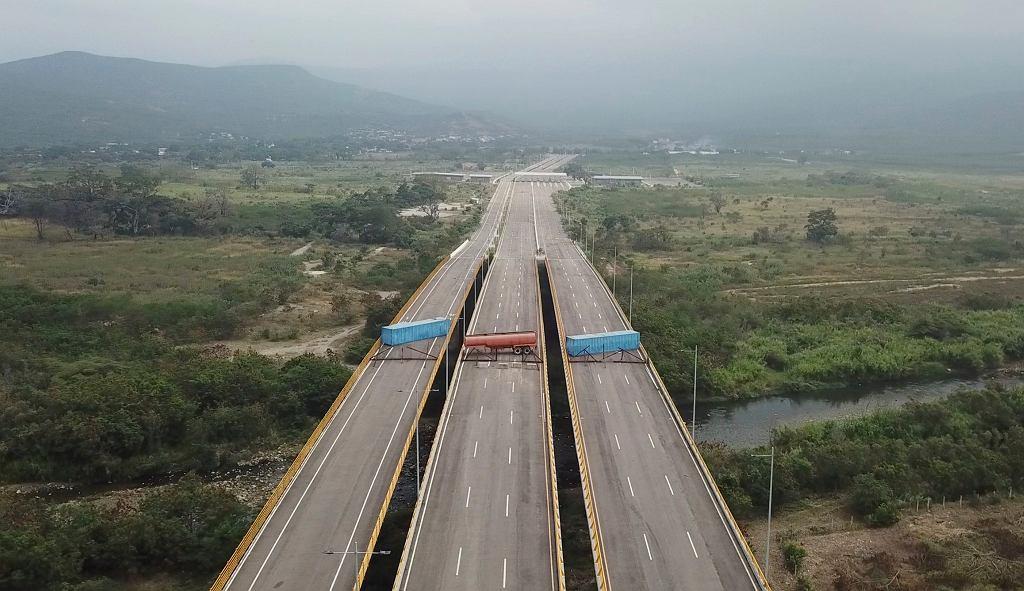 Wojska Nicolasa Maduro zablokowały pomoc humanitarną dla Wenezueli