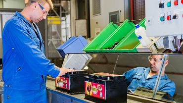 Akumulatory po zużyciu stają się odpadami o charakterze niebezpiecznym