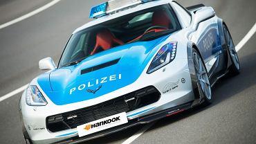 Policyjny Chevrolet Corvette