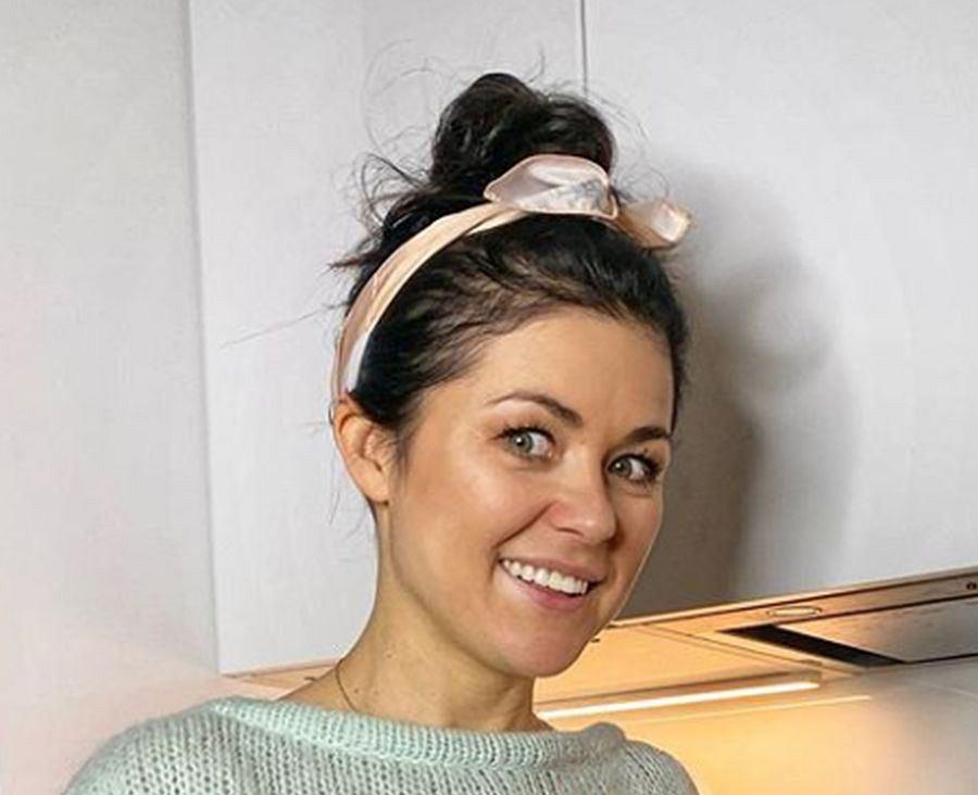Katarzyna Cichopek postawiła na modny sweter. To hit na 2020 rok