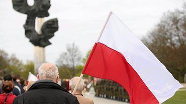 Dzień Flagi. Święto flagi obchodzimy 2 maja