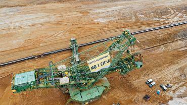 Akcja Greenpeace w odkrywce Turów.