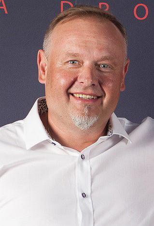 Współwłaściciel - Jarosław Zubiel