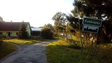 W Kumkiejmach większość domów stoi pusta