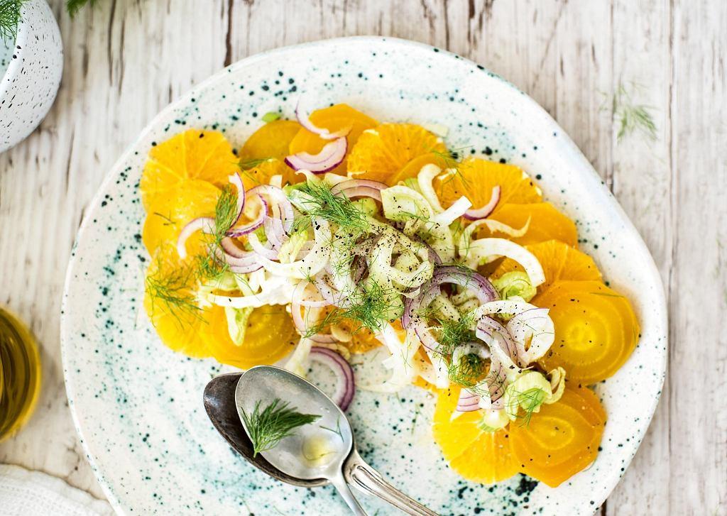 Sycylijska sałatka z fenkuła, buraków i pomarańczy