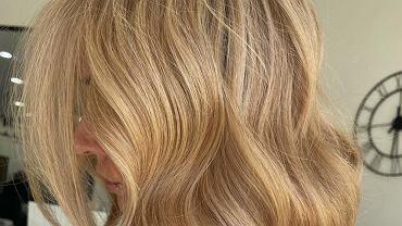 Karmelowy blond