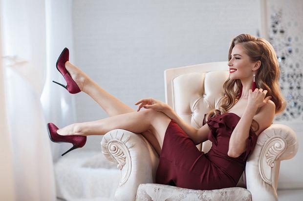 Seksowne sukienki - wyeksponuj kobiece kształty i czuj się wyjątkowo!