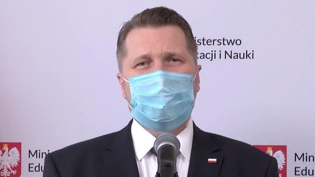 Minister Czarnek odpowiada na petycję uczniów