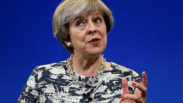 Theresa May straciła na wcześniejszych wyborach w Wielkiej Brytanii - tak wynika z exit poll