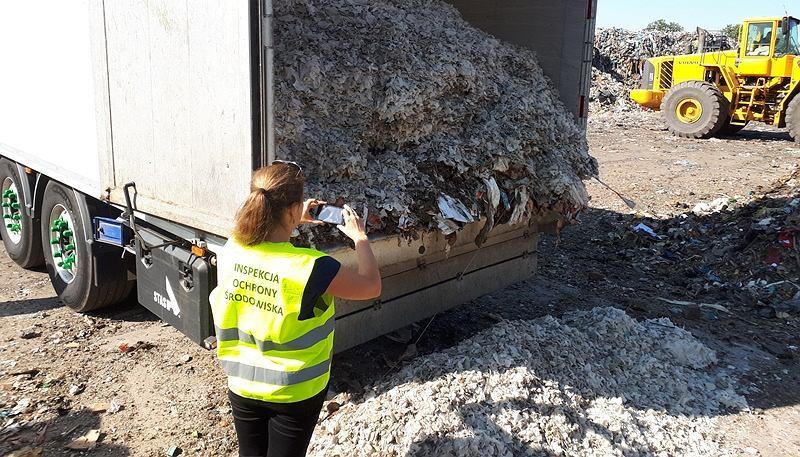 Nielegalny transport odpadów zatrzymany