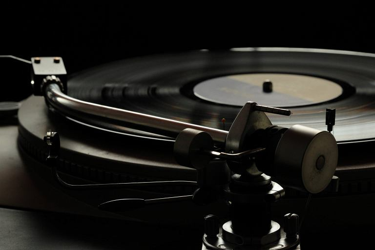 Głośniki, słuchawki i sprzęt audio do 1000 zł