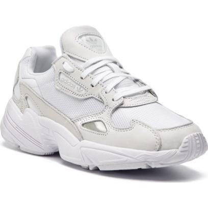 Wyprzedaż marki Adidas. Duże rabaty na buty i ubrania