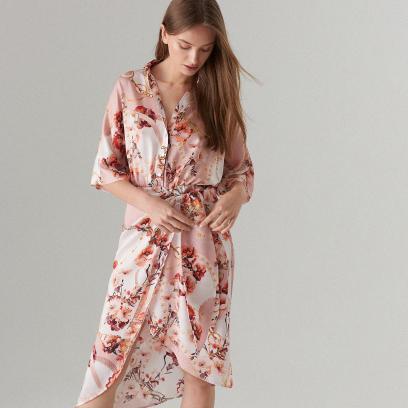 "Sukienka o kroju ""kimono"""