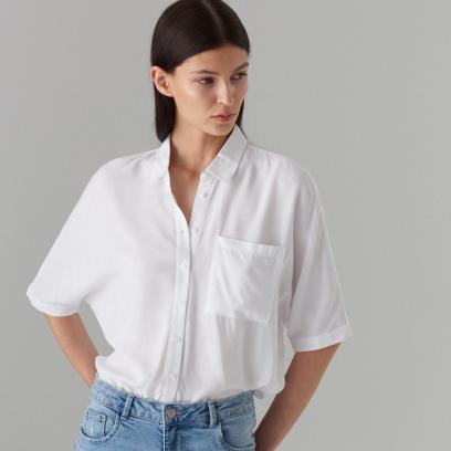 Mohito Lekka koszula z napisami Biały damska  LbF4j