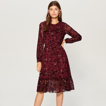 Bordowa sukienka na zimę