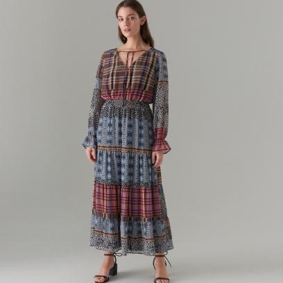 Sukienka maxi z długim rękawem
