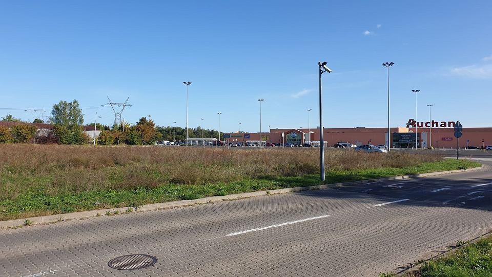 Centrum Handlowe Przy Auchan Coraz Większe Dochodzi Agata Meble