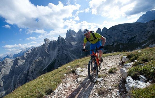 Lavaredo Trail: 96 kilometrów rowerem przez Dolomity