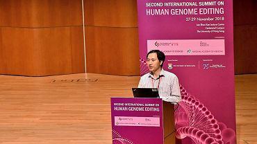 Naukowiec z Chin Hi Jiankui zmodyfikował genetycznie bliźniaki. Teraz nie wiadomo, gdzie przebywa