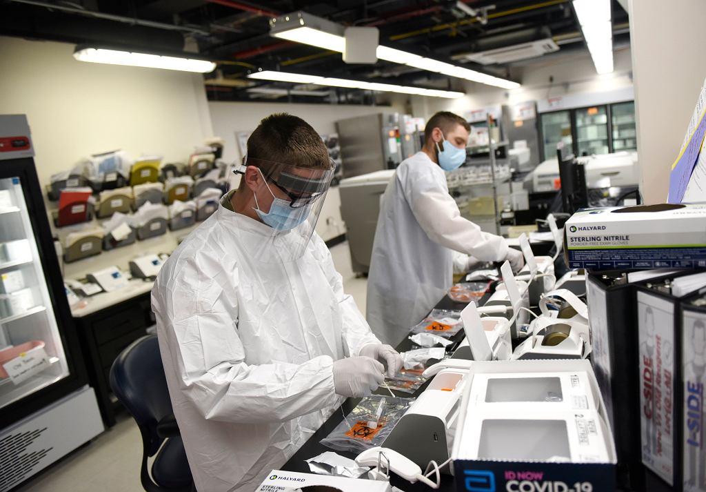 Koronawirus w USA. Już 17 osób zginęło z powodu płynu do dezynfekcji rąk