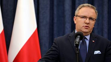 Szef gabinetu prezydenta Andrzeja Dudy Krzysztof Szczerski podczas konferencji w Pałacu Prezydenckim. Warszawa, 4 lipca 2017