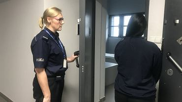 Bielscy policjanci zatrzymali kobietę, która okradała klientów jednego z klubów fitness