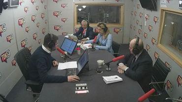 W magazynie EKG kolędy śpiewali: Grażyna Piotrowska-Oliwa, Krzysztof Kalicki i Krzysztof Pietraszkiewicz