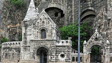 Będąc w Budapeszcie trzeba odwiedzić tamtejsze jaskinie